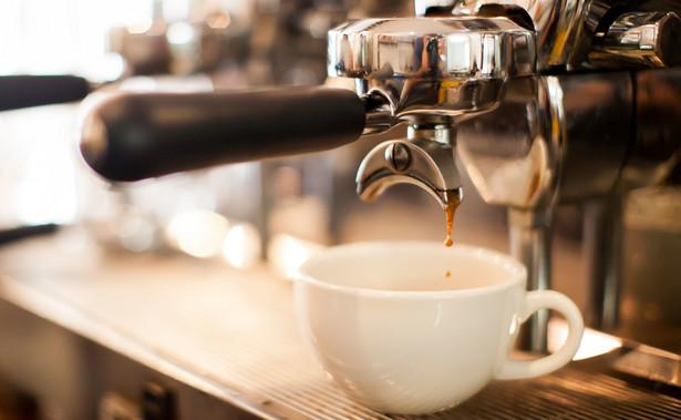 Władze Lwowa zdecydowały posypywaniu oblodzonych chodników fusami kawy