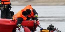 Strażacy ćwiczyli w wodzie
