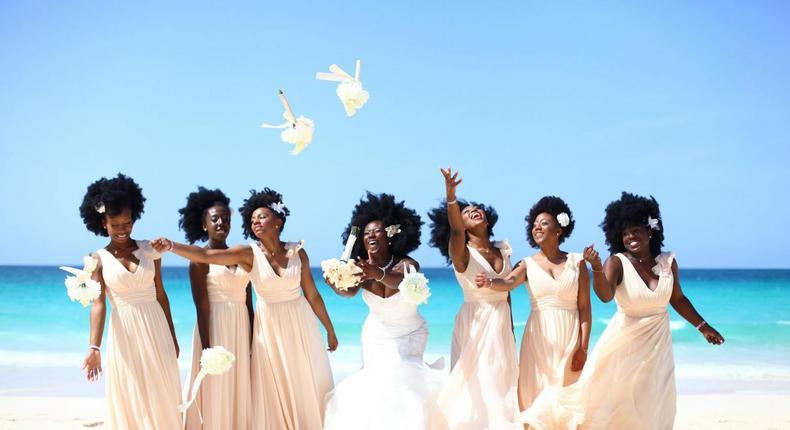 ___7133676___2017___8___11___16___Beach+weddings+are+really+worth+considering_1