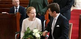 """To w tej sukni Ewa powie Markowi """"tak"""". Radość nie będzie trwała jednak długo..."""