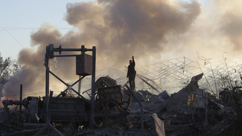 Skutki ataku izraelskiego lotnictwa na Strefę Gazy