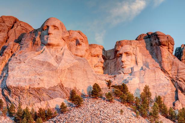 Mount Rushmore National Park w Black Hills South Dakota.