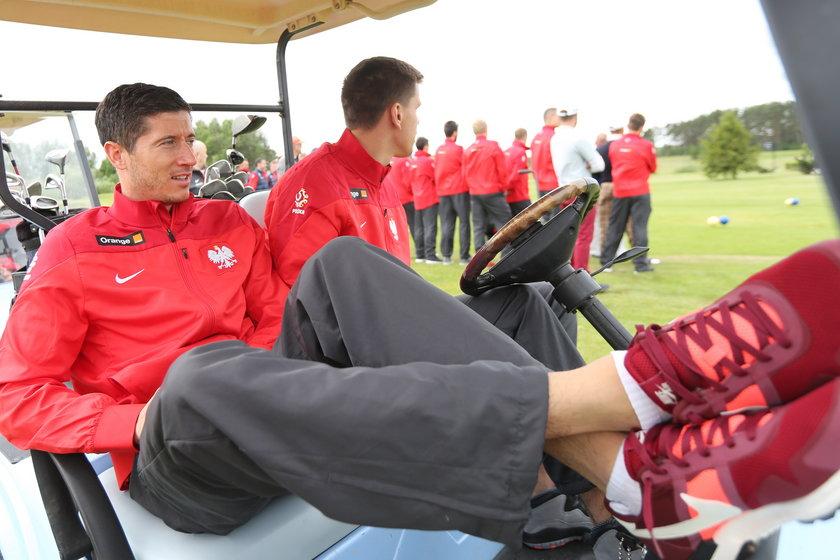 Kadrowicze grali w golfa