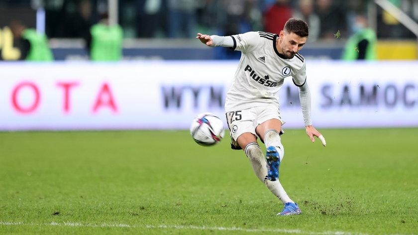 Serbski piłkarz Legii wie, jak wysoko zawieszona jest poprzeczka w europejskich pucharach.