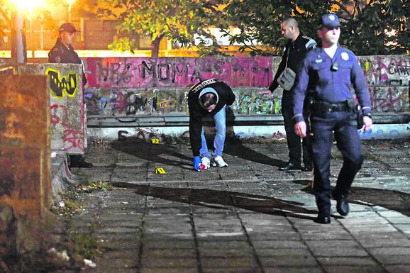 Navijač Milan Lujanski upucan u butinu nedaleko od dečje igraonice