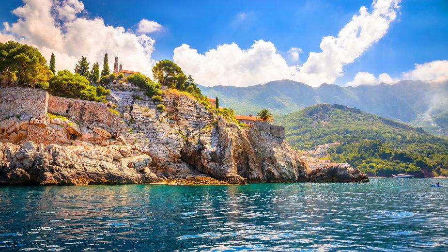 Wakacje w Czarnogórze, Sveti Stefan - gdzie się wybrać i co trzeba wiedzieć