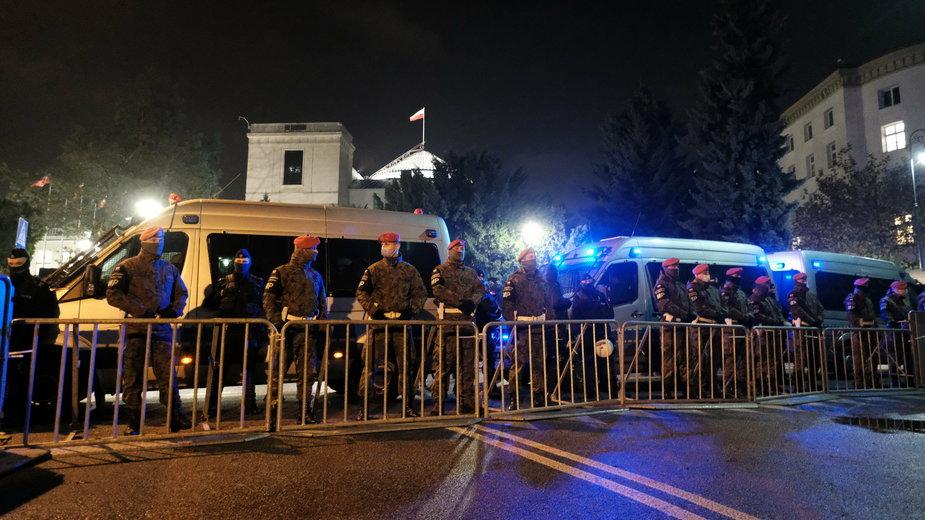 Żandarmeria Wojskowa przed Sejmem, 18.11.2020 r.