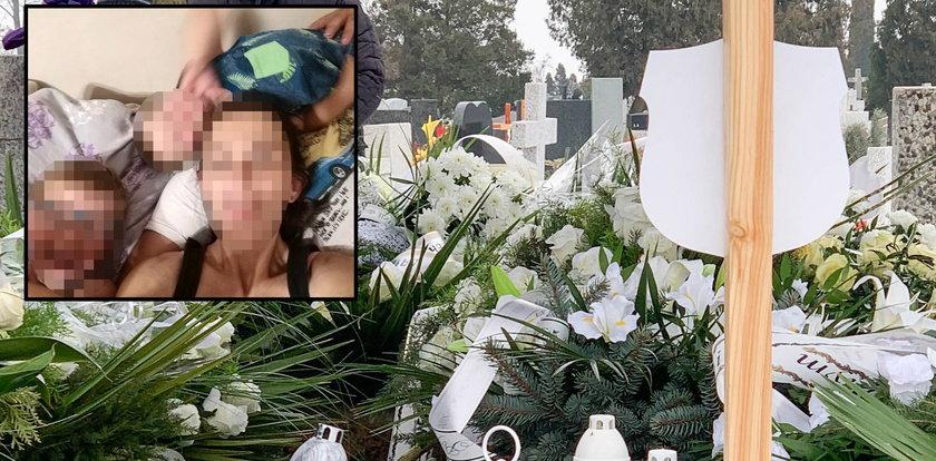 Mamy Janka i Wojtusia nie było na ich pogrzebie. Ktoś położył od niej wieniec, a na nim trzy słowa pełne bólu