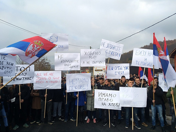 Protest Srba na Kosovu zbog mera Prištine