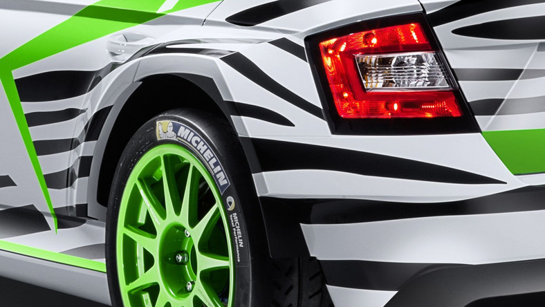 Skoda 29 listopada w czasie salonu samochodowego w Essen przedstawi światu rajdową fabie R 5. Auto jest prototypową wersją wyczynowej konstrukcji, która już w przyszłym roku wypełni miejsce po fabii S2000, jednego z najbardziej utytułowanych samochodów rajdowych.