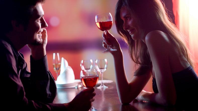 Randki online a tradycyjne randki