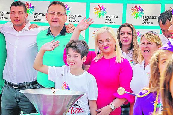 Ivana Jovanović, predsednica Sportskih igara mladih Srbije, na jednoj od brojnih manifestacija koje je SIM organizovao u našoj zemlji
