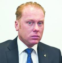 Grzegorz Peczkis senator, inicjator zmian