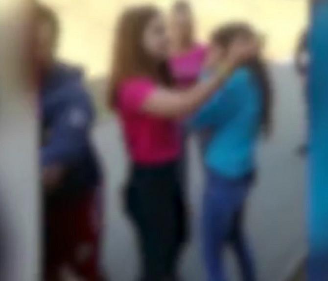 Scena nasilja u školi u Barajevu