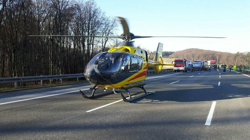 Najczęściej helikopter pomaga w wypadkach samochodowych