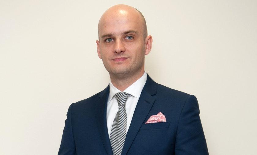 Warszawski radny zarobił422 tys. w państwowej spółce