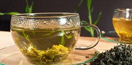 Zielona herbata: straszna trucizna czy lekarstwo?