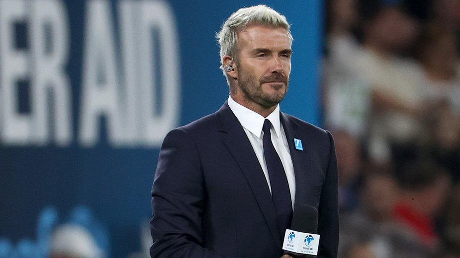 """David Beckham interesuje się modą i farbuje włosy, co dla wielu jest """"niemęskie"""""""