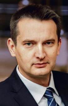 Mariusz Zawisza, szef Polskiego Górnictwa Naftowego i Gazownictwa do 11 grudnia ub.r. Ubiegłoroczne zarobki to 2852 tys. zł. Następca – Piotr Woźniak – w trzy tygodnie zarobił 56 tys.