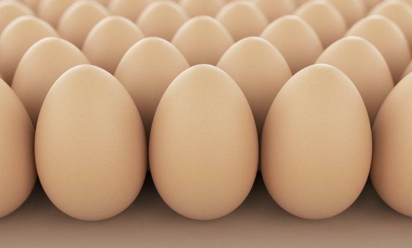 Jak przechowywać jajka w lodówce? Dlaczego nie wolno przechowywać jajek na drzwiach lodówki?