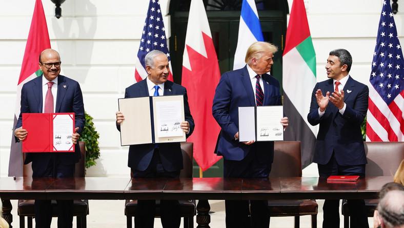 Donald Trump liderzy Zjednoczonych Emiratów Arabskich oraz Bahrajnu podpisali z Izraelem porozumienia