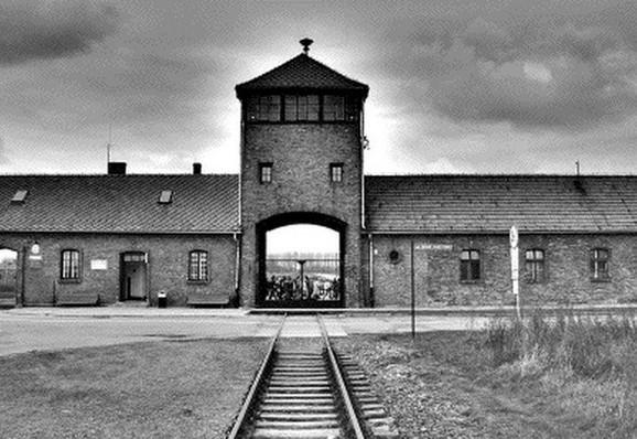 Ovde su stradali Jevreji: Aušvic