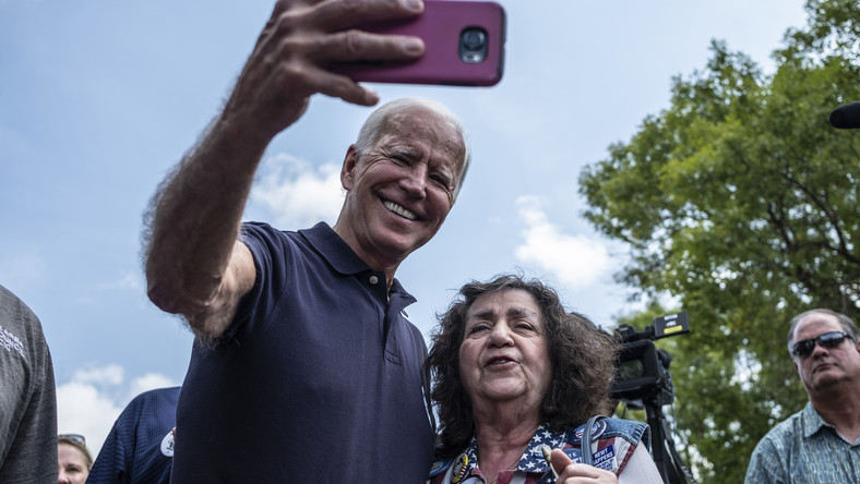 Elizabeth Warren and Joe Biden Will Finally Debate. Here's What to Expect.