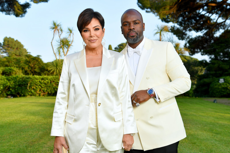 Kris Jenner and partner Corey Gamble attend the gala at the Cannes Festival 2019 (Photo: Pascal Le Segretain / amfAR / Getty Images for amfAR)