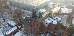 Czarne msze w opuszczonym pałacu? Przerażające inskrypcje w Pruszkowie