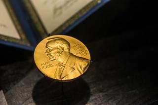 Nobel z chemii dla Benjamina Lista i Davida W.C. MacMillana