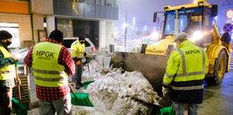 Wielkie porządki po zimie. Wywożą śnieg z centrum Katowic