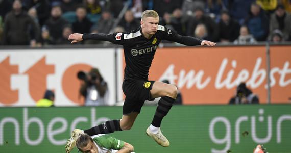 Erling Braut Haaland strzelił w hat traicka w debiucie w Borussii ...