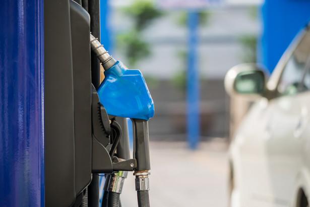 benzyna paliwo