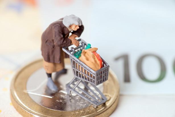 Rząd zajmie się dzisiaj między innymi projektem ustawy o jednorazowym dodatku pieniężnym do najniższych emerytur i rent.
