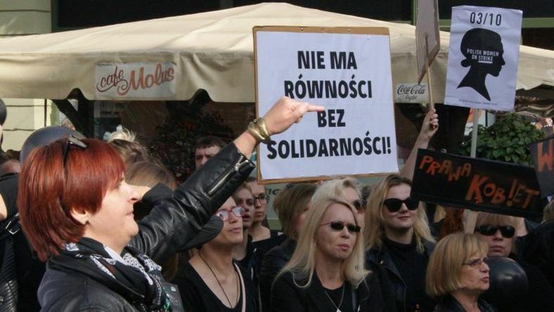 """""""Czarny protest"""" w Toruniu"""