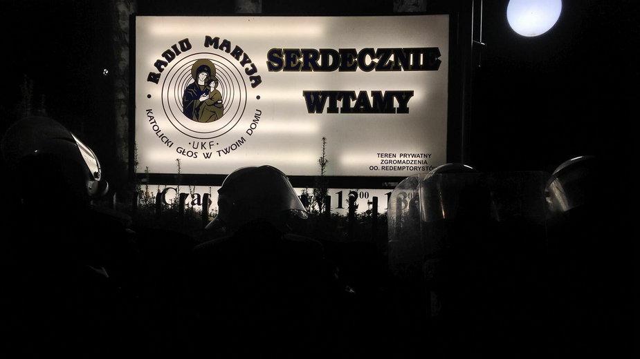 Protest pod siedzibą Radia Maryja
