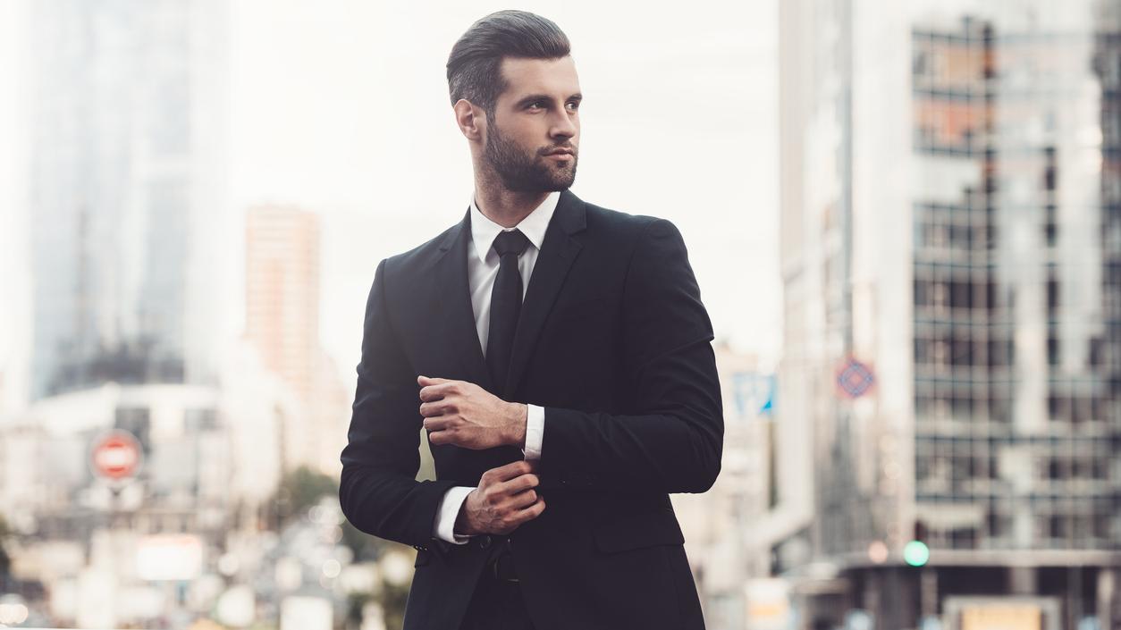 5cfde390c9181 Modne stylizacje męskie na spotkania towarzyskie - Facet