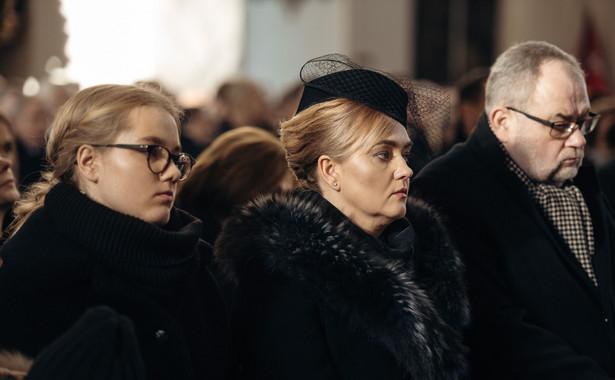 Antonia Adamowicz, Magdalena Adamowicz i Piotr Adamowicz