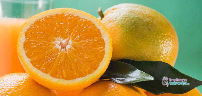 Kiselina iz citrusa može dodatno uznemiriti nadraženo grlo