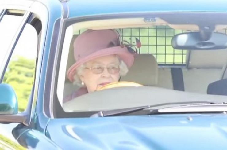 Kraljica Elizabeta, Vožnja