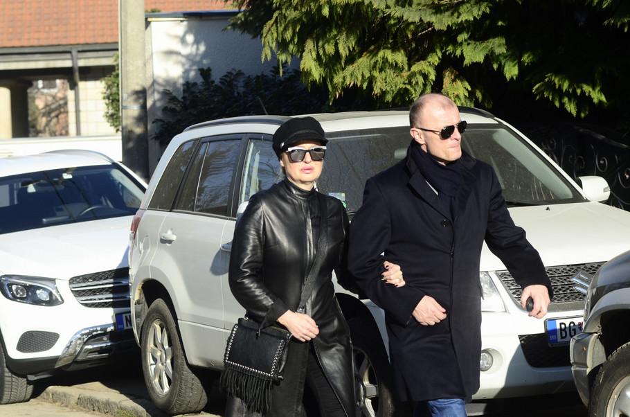 Sanja Đorđević i suprug Perica dolaze kod Šaulića da izjave saučešće
