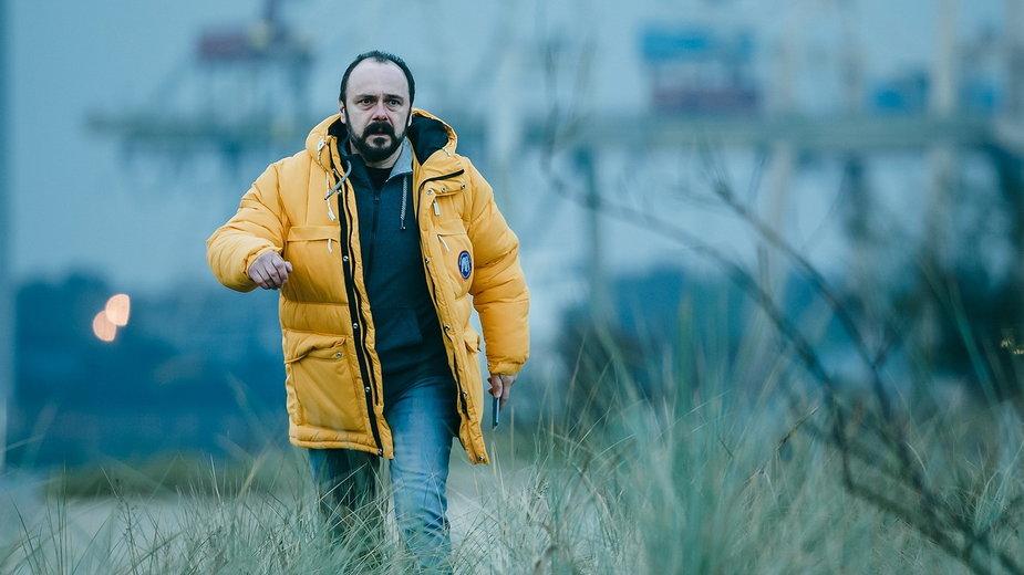 "Arkadiusz Jakubik jako Rafał Wejman w serialu ""Klangor"" Canal+"