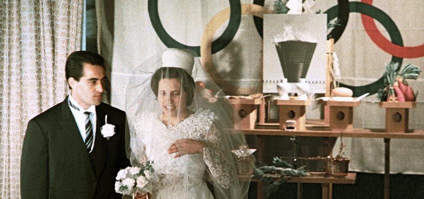 W całej historii igrzysk zawarto 17 małżeństw. 16 zakończyło się rozwodem. Przetrwało tylko to jedno