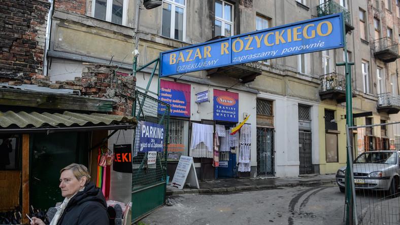 Bazar Różyckiego przy ul. Targowej na warszawskiej Pradze Północ