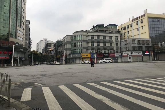Puste ulice u Vuhanu