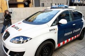 """TERORISTIČKI NAPAD Muškarac naoružan nožem ušao u policijsku stanicu u Španiji i uzviknuo """"Alah"""""""