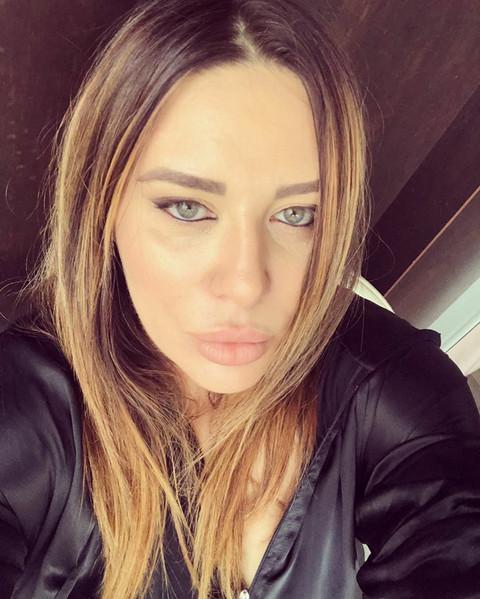 Svi pričaju o njenom višku kilograma: Ana Nikolić se skinula u kupaći! FOTO