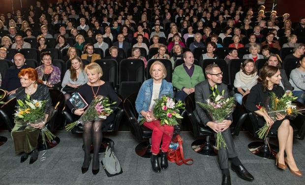 Łukasz Maciejewski i bohaterki jego książki na spotkaniu autorskim