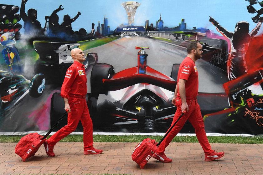 Ekipa Ferrari wraca z Australii