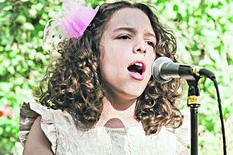 Una Dimitrijević najviše voli da peva, foto privanta arhiva